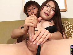 Japanese trans babe assfucking her bf