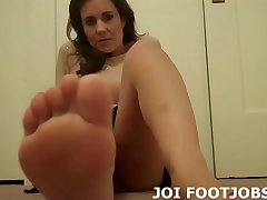 Come here my little foot fetish freak