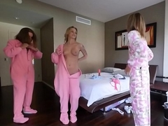 Lucky Brother Wakes Up And Fucks His Sisters Hot Best Friends Liza Rowe And Shyla Ryder During Sleepover
