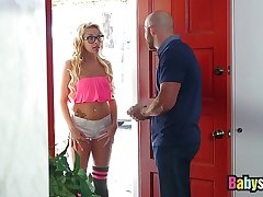 Latina nanny Carmen Caliente gets a big bonus of boss cum